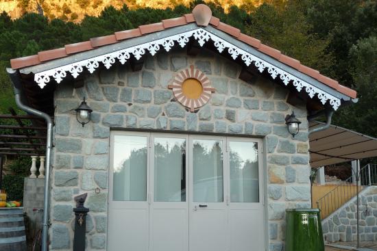 Ornement de toit et décoration extérieure en Zinc naturel