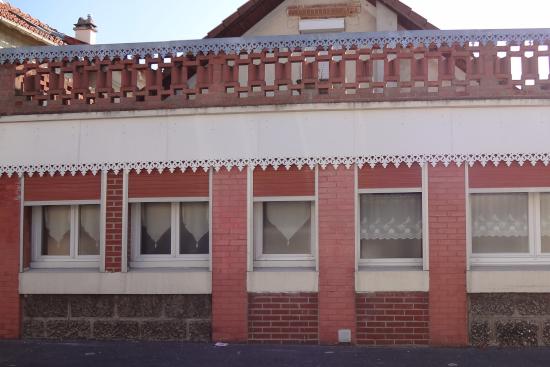 Ornement de toit et décoration extérieure en Zinc naturel et PVC
