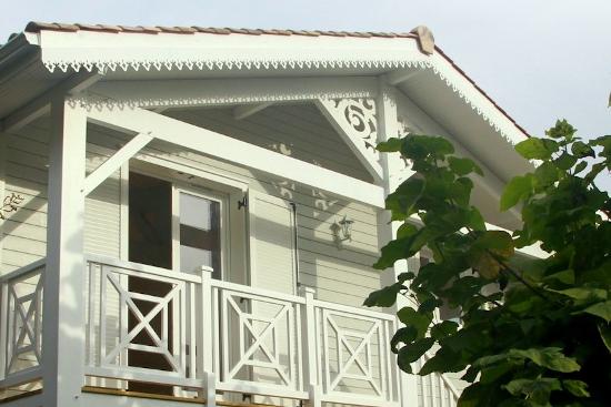 Ornement de toit et décoration extérieure en PVC