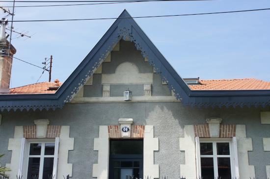 Ornement de toit et décoration extérieure en Bois